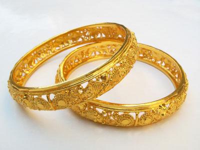 gold_bangles